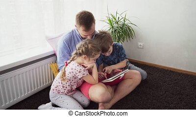 gebruik, vader kindereni, tablet