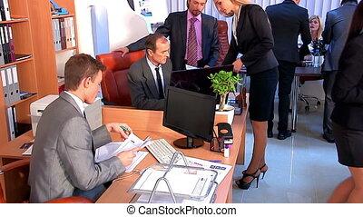 gebruikt, groep, zakenlui, kantoor., systeem, dolly