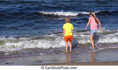 geitjes, strand, spelend