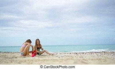 geitjes, twee, tropische , zand, plezier, vervaardiging, kasteel strand, hebben
