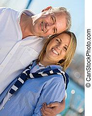 gelukkig paar, middelbare leeftijd