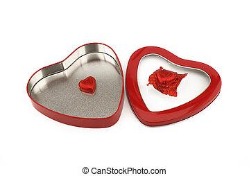gevormd, kristaliseren hart uit, chocolade, rode doos