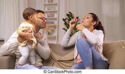 gezin, baby, thuis, bellen, zeep, vrolijke