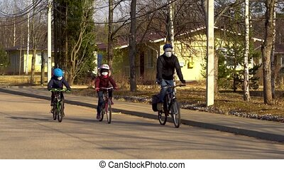 gezin, quarantaine, gedurende, covid-19., ritten, fiets