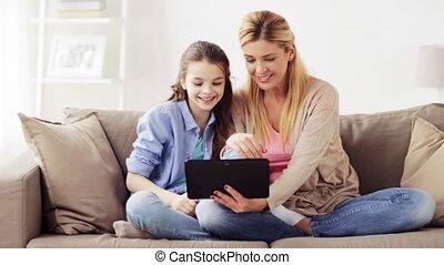 gezin, tablet pc, video, praatje, thuis, hebben