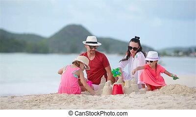 gezin, tropische , zand, vervaardiging, kasteel strand, witte