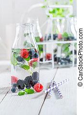 gezonde , fris, besjes, fles, soda