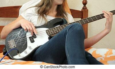 gitaar, thuis, meisje, baars, spelend