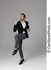 grijs, volle, het schreeuwen, op, 30, vrijstaand, dichtklemmen, lengte, optimistisch, achtergrond, kostuum, zakenman, formeel, beeld, vuisten