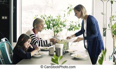 grootmoeder, kleine, meisje, home., moeder