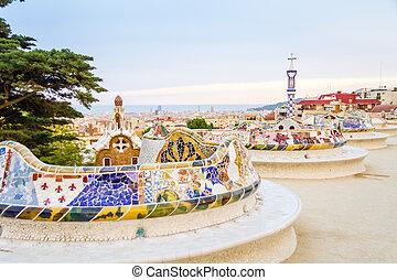 guell, kleurrijke, keramisch, parkeer bank, barcelona, ontworpen, gaudi, mozaïek, antonio, spanje, aanzicht