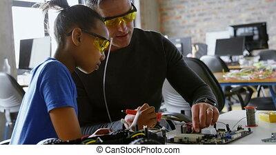haar, ijzer, dochter, over, soldering, vader, onderwijs, 4k