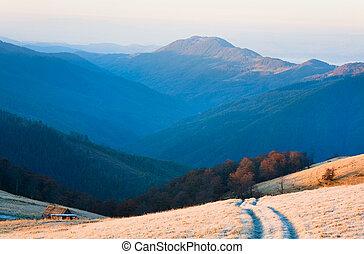 herfst, berg, overzicht., zonopkomst, straat