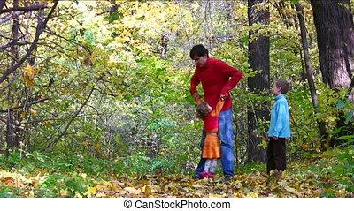 herfst, vader, spelpark, kinderen