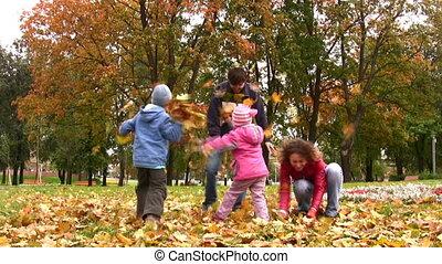 herfst, vier, bladeren, werpen, gezin