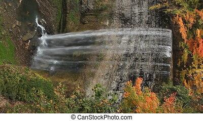 herfst, waterfall., vertical.