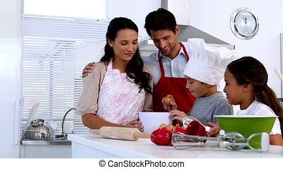 het bereiden, gebakje, samen, gezin