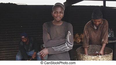 het kijken, afrikaan, fototoestel man