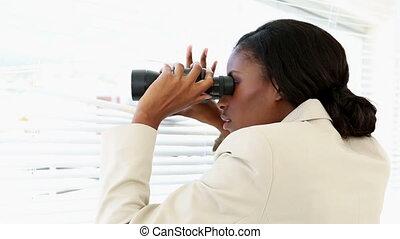 het kijken, blinden, door, businesswoman