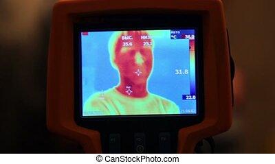 houden, beeld, hand, on-screen, thermisch, fototoestel, menselijk gezicht