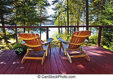 huisje, stoelen, bos, dek