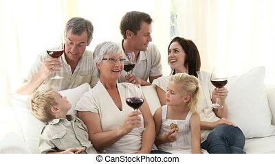 huiskamer, wijntje, koekjes, gezin, drinkt, eten