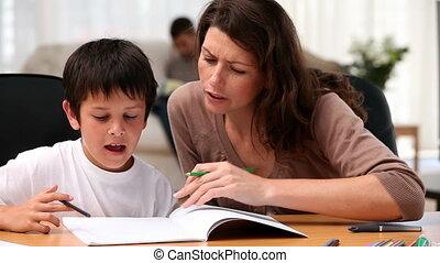 huiswerk, zoon, moeder