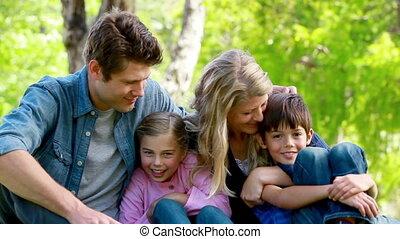 jonge familie, verticaal
