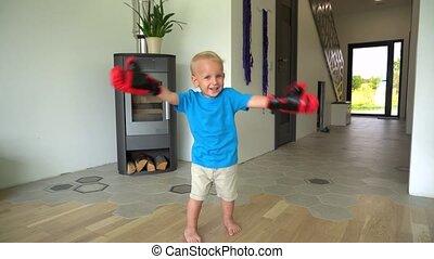 jongen, handschoenen, vrolijke , home., boxing, motie, gimbal