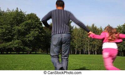 jongen, het behouden, gezin, park, looppas, hands voorspeler, meisje