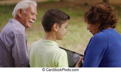 jongen, school, grootouders, 9-happy, studerend , huiswerk