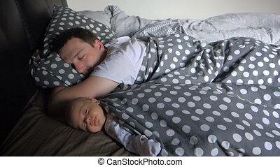 jongen, zijn, vader, pasgeboren, slaap, baby