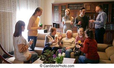 kamer, samen, groot, uitgeven, gezin, levend, leden, tijd