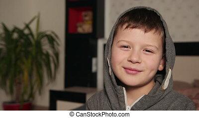 kap, gesprek, mooi, zegt, jongen, jonge, verticaal, jongen, spreken