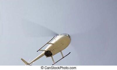 kleine, aviation., helikopter, low-flying, highlands., lichtgewicht