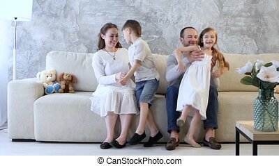 klesten, bankstel, gezin, zittende