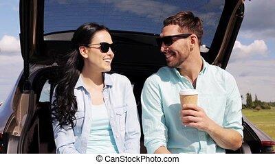 koffie, auto, paar, 41, romp, hatchback, vrolijke