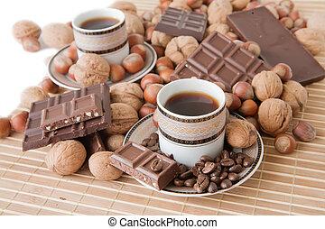 koffiekopjes, chocolade