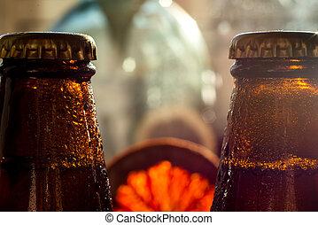 koud water, bier fles, droplets, koelkast, hun