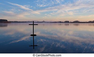 kruis, weerspiegeling meer