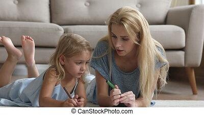 letters., babysitter, onderwijs, meisje, duizendjarig, schrijvende , vrouwlijk, weinig; niet zo(veel)