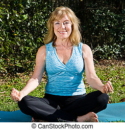 lotus, yoga, vrouw, -, middelbare leeftijd