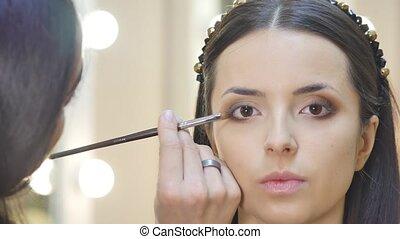 make-up, kunstenaar, echte, mensen., werken, haar, friend.
