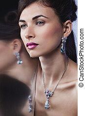 makeup, professioneel, het poseren, mode, mooi, verticaal, model, jewelry., hairstyle, glamour, exclusief