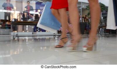 mall, maart
