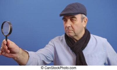 man, blik, waardevol, het kijken, middelbare leeftijd , glas, information., fototoestel, gekke , vergroten