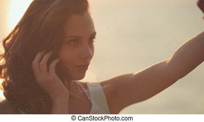 mooi, beweeglijk, foto, selfie, telefoon, ondergaande zon , zee, vervaardiging, model