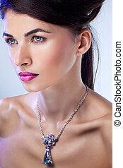 mooi, exclusief, hairstyle, mode, jewelry., makeup, glamour, het poseren, verticaal, professioneel, model