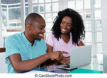 mooi, paar, computer, amerikaan, afrikaan