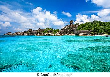mooi, similan, eiland, duidelijk, tropische , kristal, overzees andaman, zee, thailand, strand